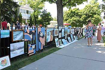 Art on the Fence feature