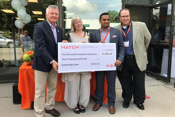 HATCH Cheque 560