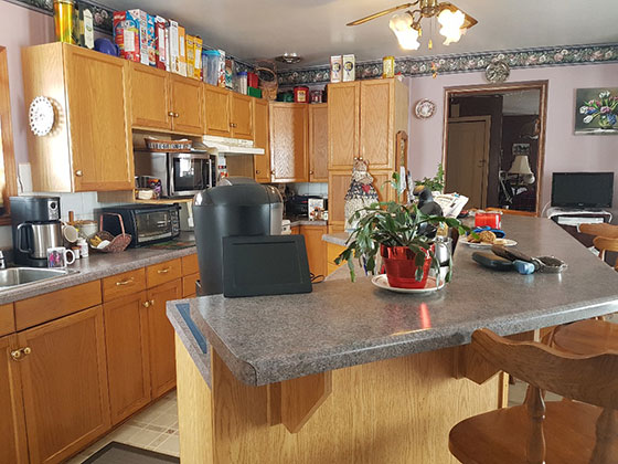223SideRoad25Kitchen